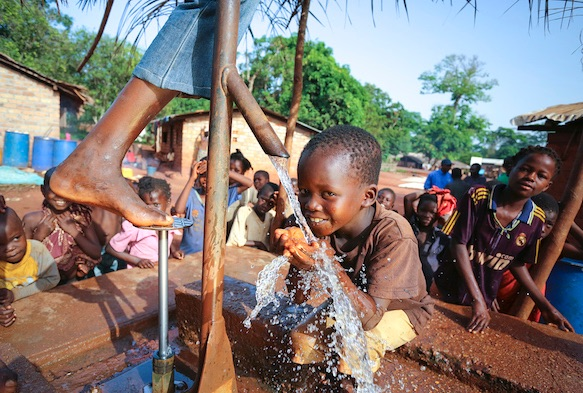 Central African Republic, Water for Good, MudLOVE